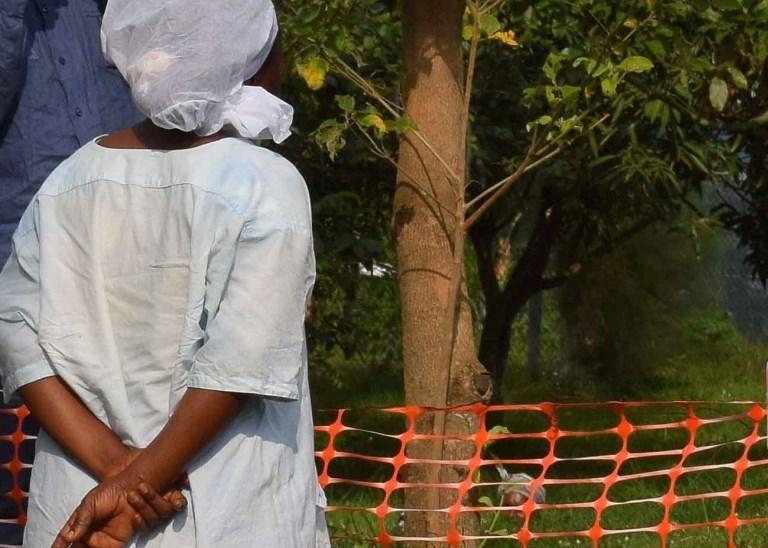 V Ugandi zaradi okužbe z ebolo umrl deček
