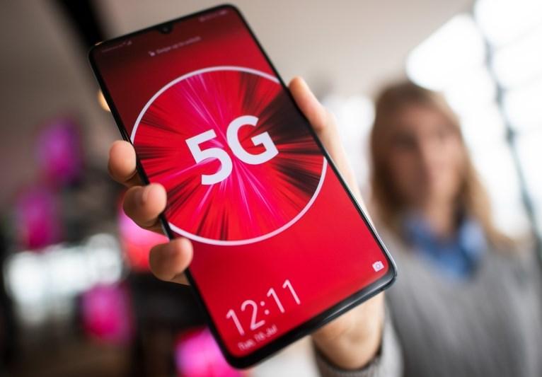 Evropska komisija bo pripravila vseevropsko oceno tveganja glede omrežij 5G