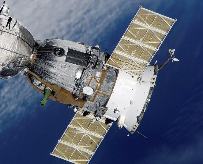 Zaradi težav rakete prestavljena izstrelitev slovenskega satelita v vesolje