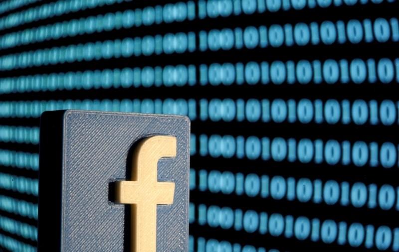 Novice na facebooku bodo namesto umetne inteligence urejali ljudje
