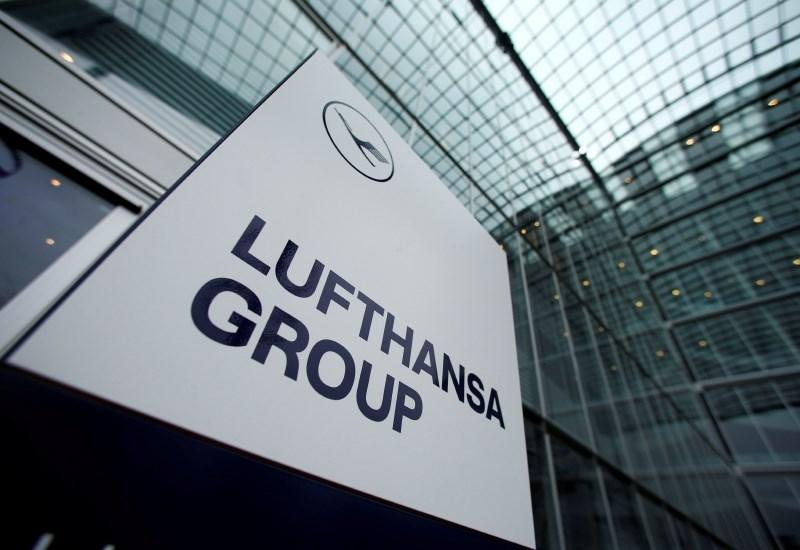 Prvi mož Lufthanse za počasnejšo in trajnostno rast panoge
