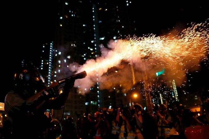 Policija v Hongkongu aretirala 29 protestnikov
