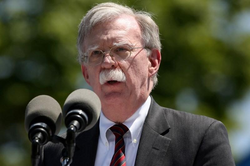 Iran tudi po odhodu Boltona zavrača možnost srečanja med Rohanijem in Trumpom