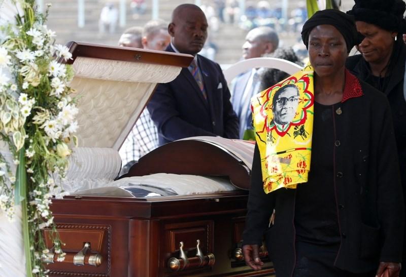 Mugabeja bodo vendarle pokopali skupaj z junaki naroda