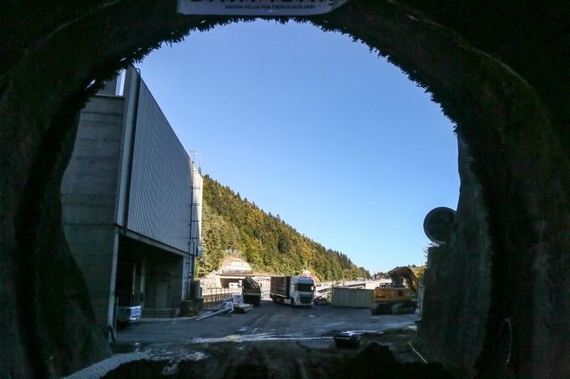 Dars zožil izbor ponudnikov za gradnjo druge cevi predora Karavanke