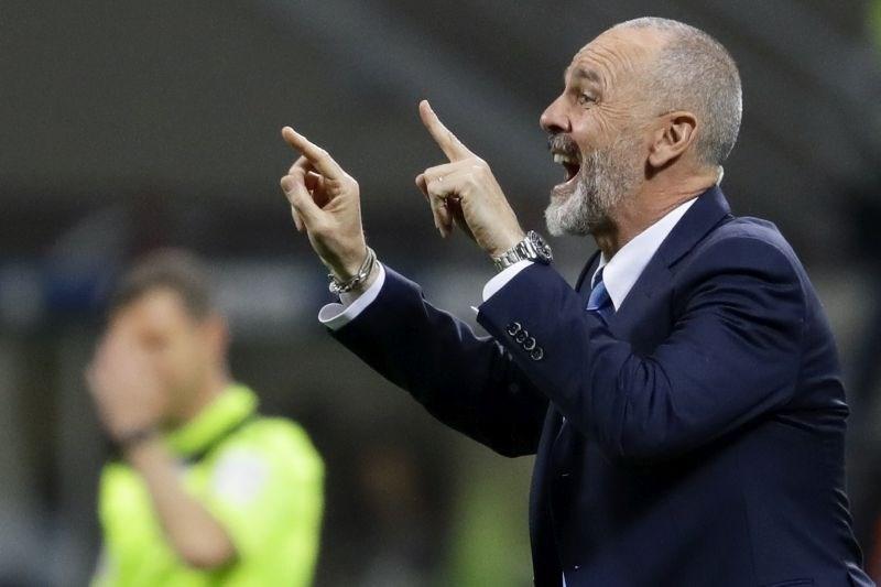 Na klopi Milana po novem Pioli, navijači niso navdušeni