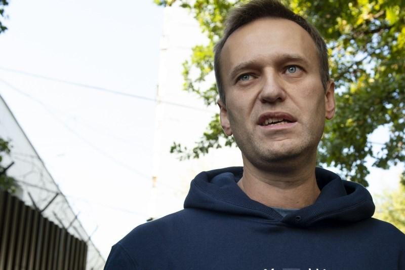 Ruske oblasti okrepile pritisk na Navalnega