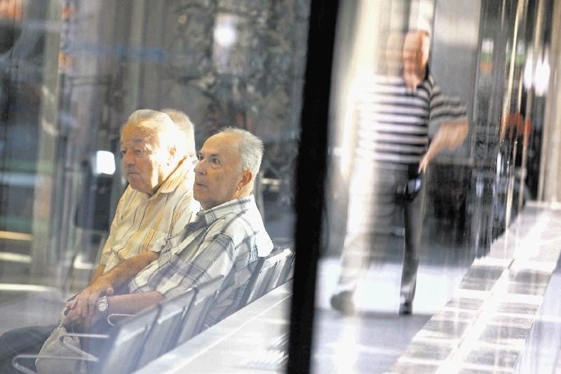 Dopolnilo za izredno uskladitev pokojnin bo vložila koalicija
