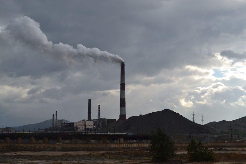 Onesnažen zrak zakrivi na stotine več infarktov in kapi