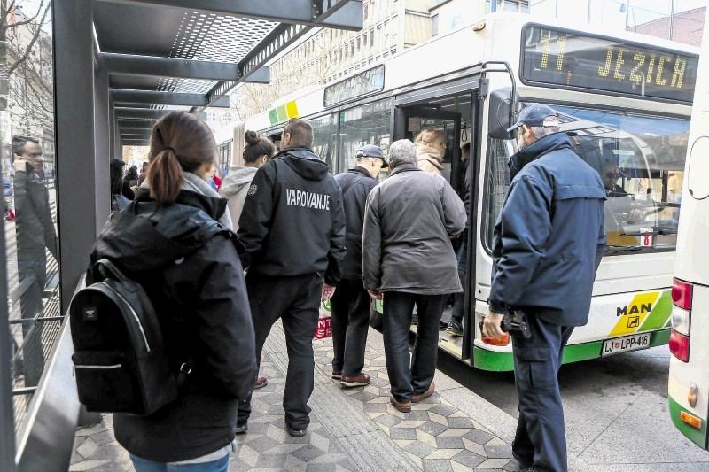 LPP mora 53 voznikom izplačati prispevke za poklicno zavarovanje