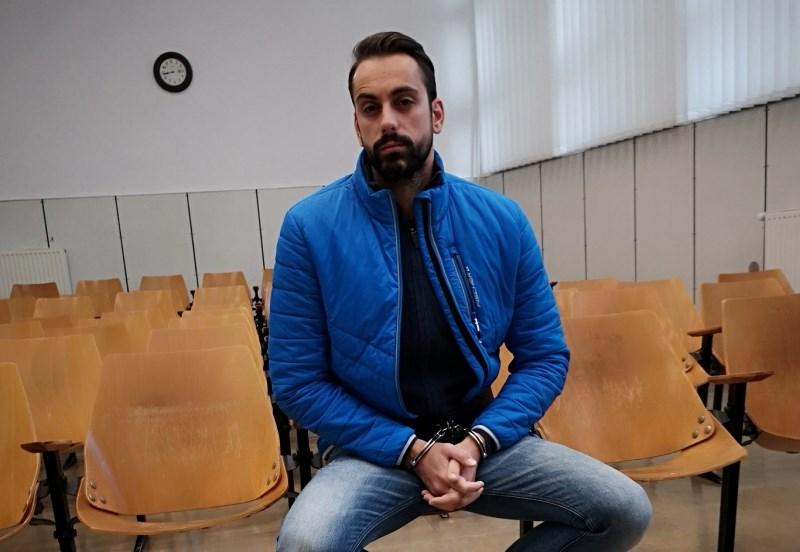 Tožilka za Jelena predlagala 18 let in šest mesecev zapora