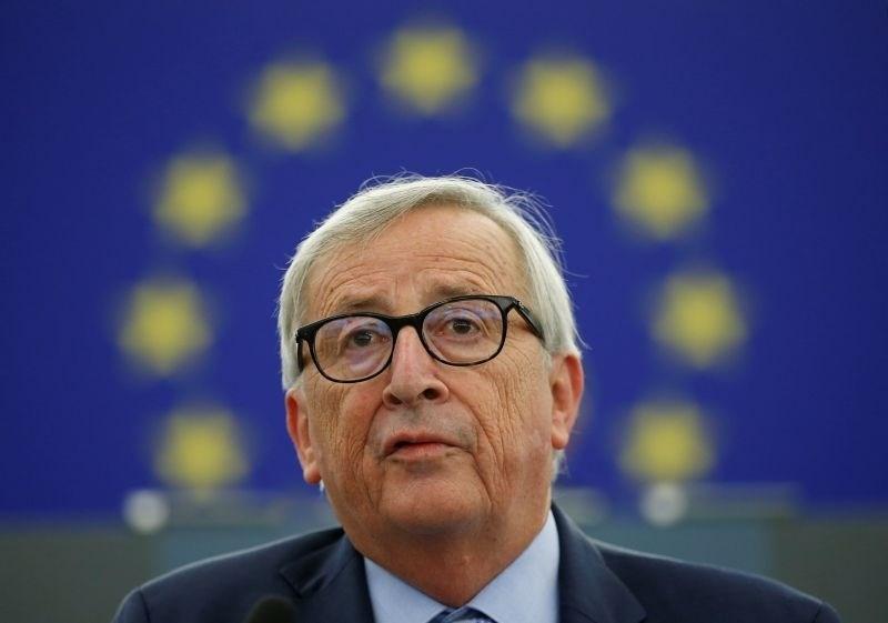Juncker odšel v bolnišnico na operacijo
