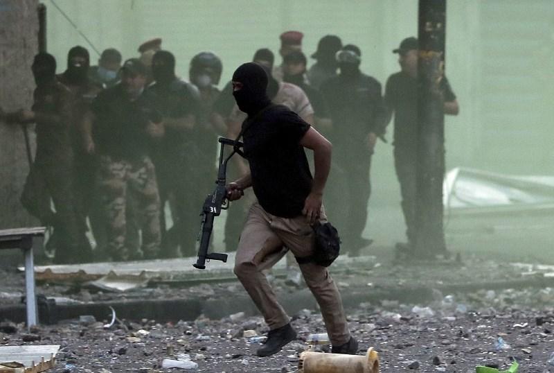 Nove žrtve protestov v Iraku, kjer se stopnjuje represija