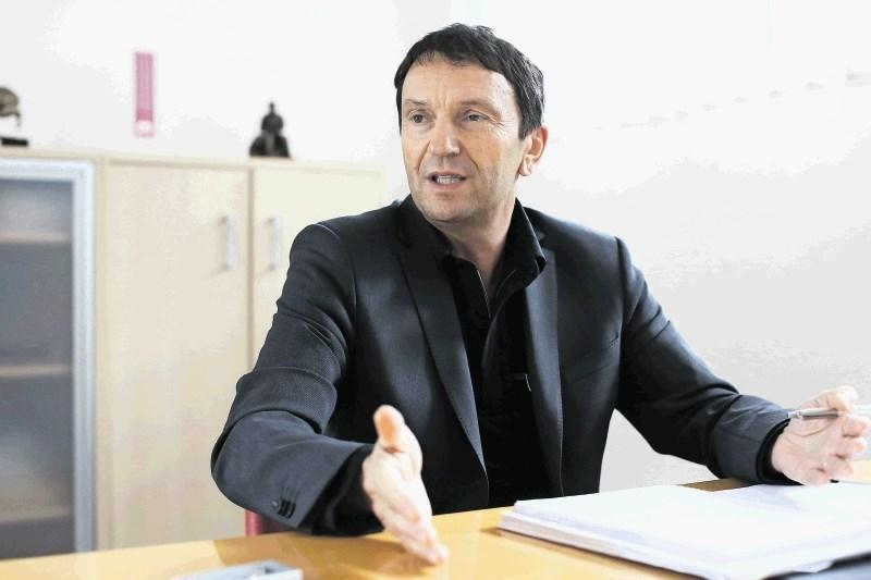 Tomaž Berginc, Eti: Stisnili smo zobe in poiskali rešitve