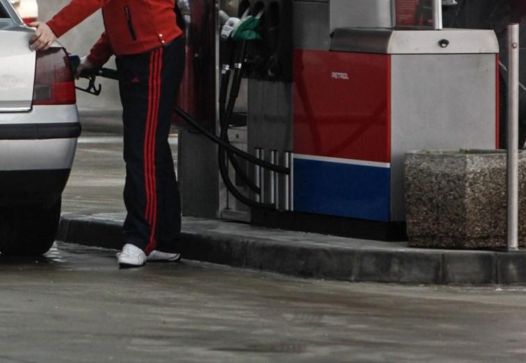 Celjski policisti prijeli tatove goriva na avtocestnih počivališčih