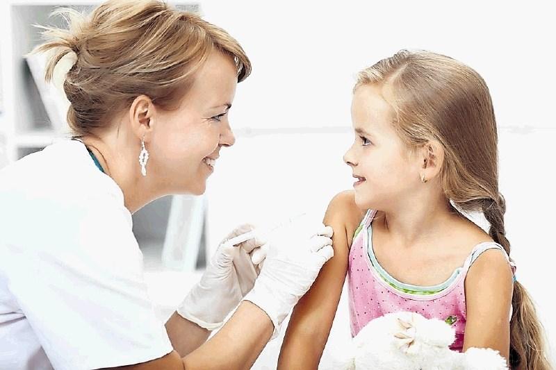 Študente pozivajo k cepljenju proti HPV