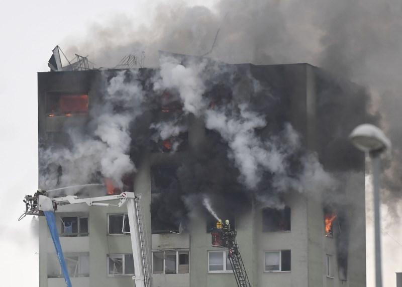 Na Slovaškem pet mrtvih v eksploziji plina v stolpnici