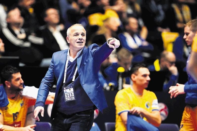 Srbi in Črnogorci domov že po skupinskem delu
