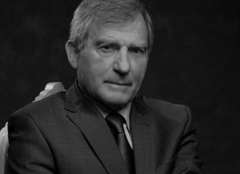 Umrl akademik in raziskovalec Janez Levec