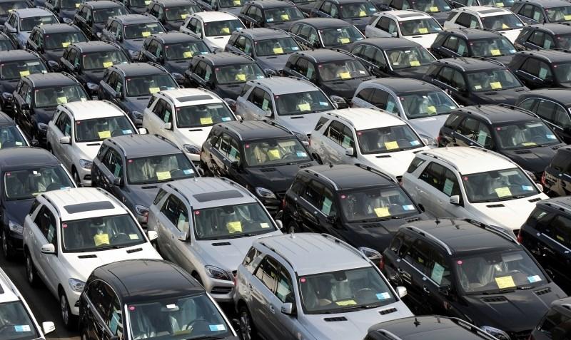 Goljuf z obljubami poceni vozil iz tujine izvlekel več kot 50.000 evrov