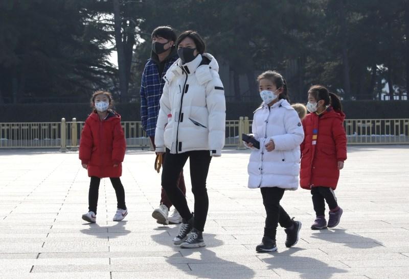 Na Kitajskem svarila pred mutacijo in nadaljnjim širjenjem novega virusa