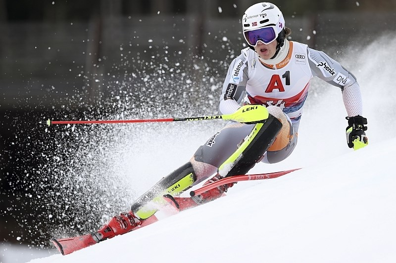 Brez slovenskega finala na slalomu v Kitzbühlu