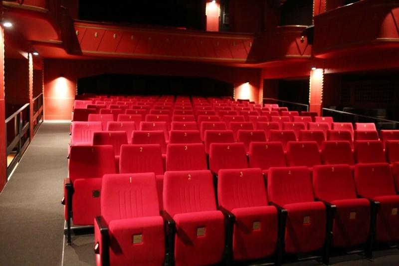 Na valentinovo v Kinodvoru erotični film iz nekdanje Sloge