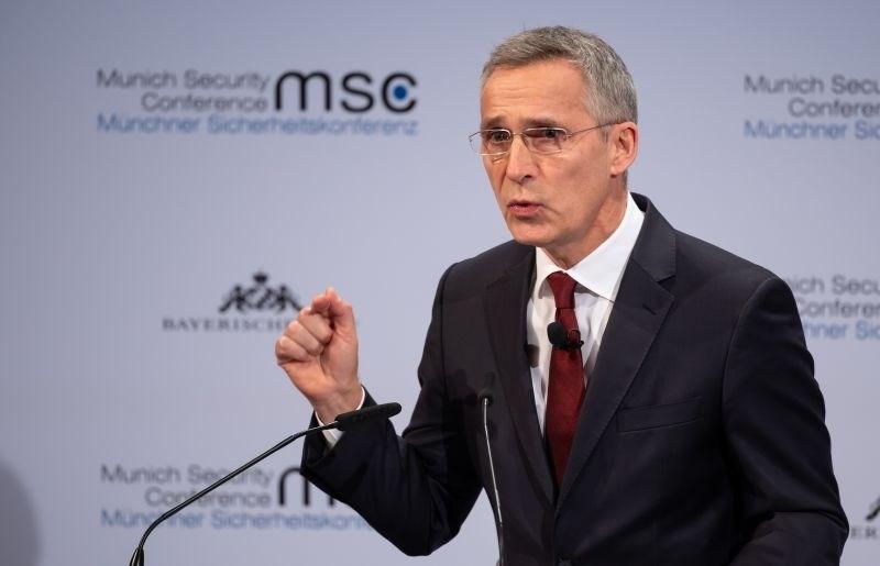 Stoltenberg zavrnil Macronovo vizijo o evropskem sodelovanju na področju jedrske oborožitve