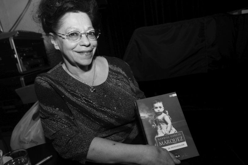 Umrla je prevajalka in gledališka ustvarjalka Alenka Bole Vrabec