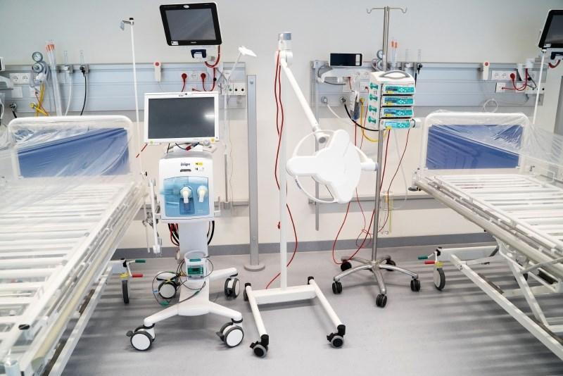 Razvili orodje za napovedovanje hude pljučne bolezni pri covidu-19
