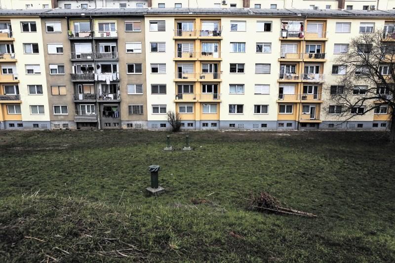Večina stanovanj brez potresnega zavarovanja