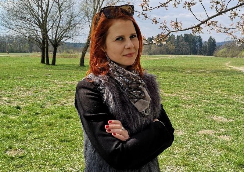 Nina Slana, direktorica Polhograjske graščine: Pralnica, potok pod hišo