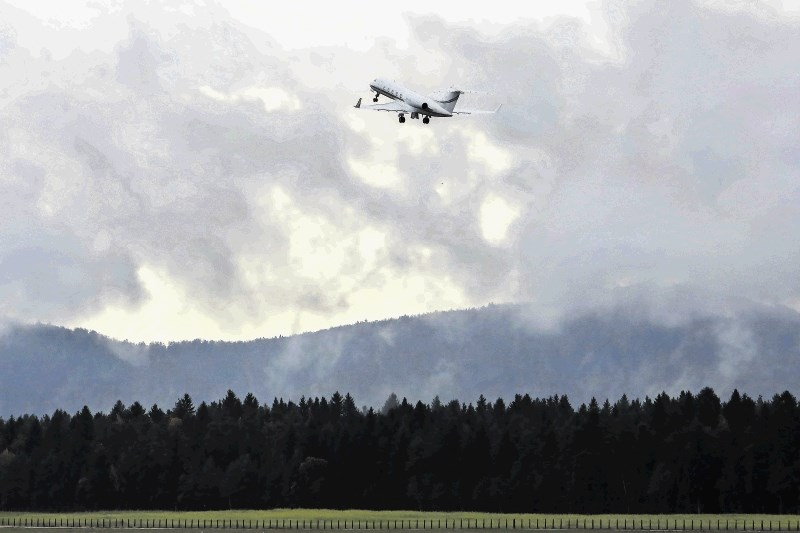 Na ljubljanskem letališču se znova vzpostavlja redni potniški promet