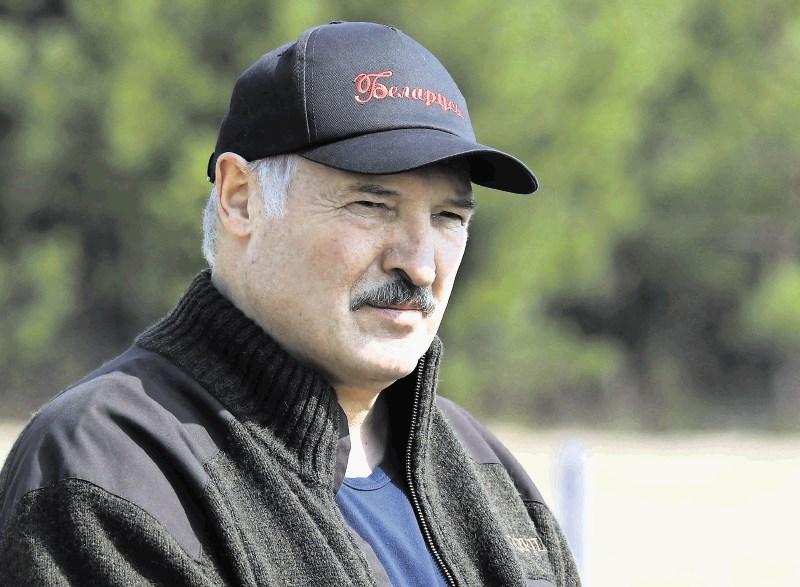 Lukašenko brez milosti do »izmečkov«