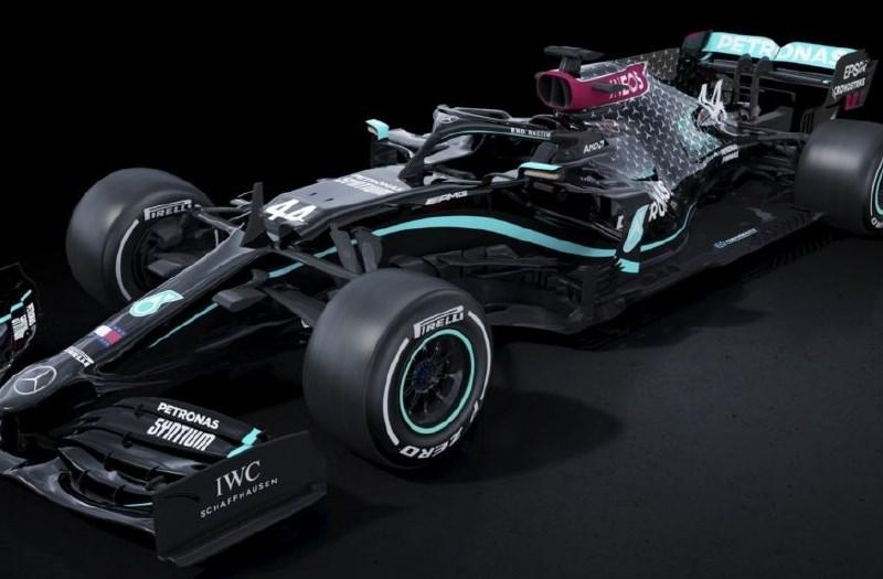Mercedes z barvo bolida podprl gibanje Črna življenja štejejo