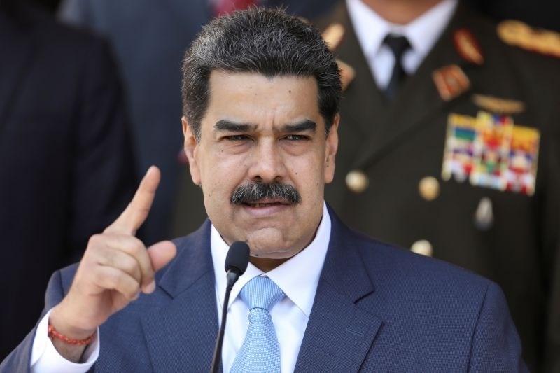 Maduro veleposlanici EU ukazal, naj zapusti Venezuelo