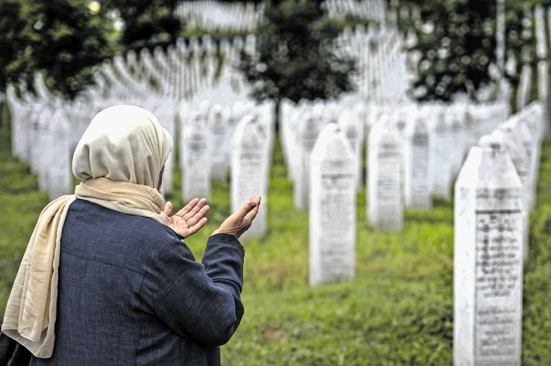 Spomin na Srebrenico četrt stoletja kasneje