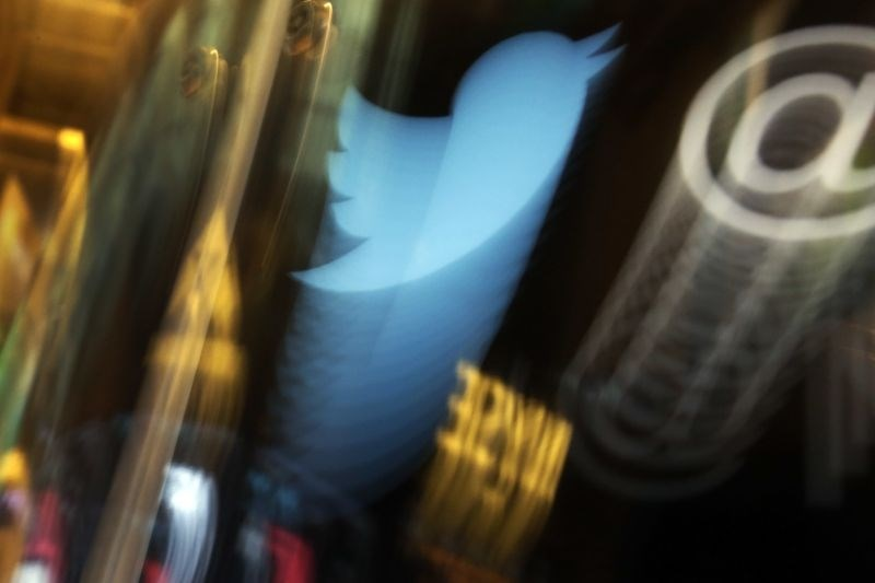 V ZDA aretirali 17-letnika za hekerskim napadom na twitter račune