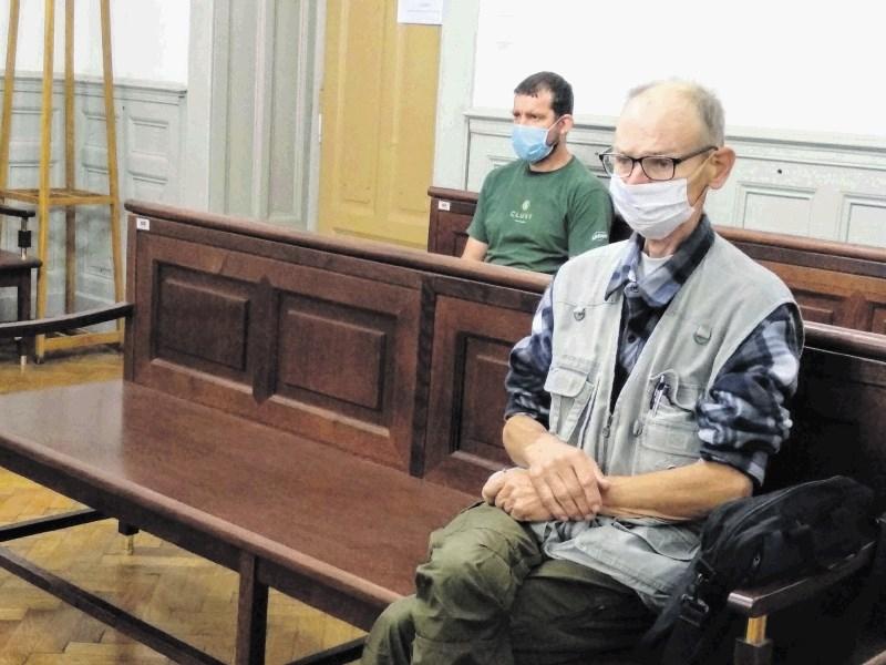 Vravnik po spremembi obtožnice priznal odgovornost za utopitev v Dravi