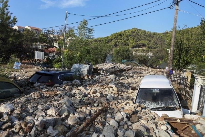 #foto Medikan Ianos v Grčiji povzročil ogromno škodo