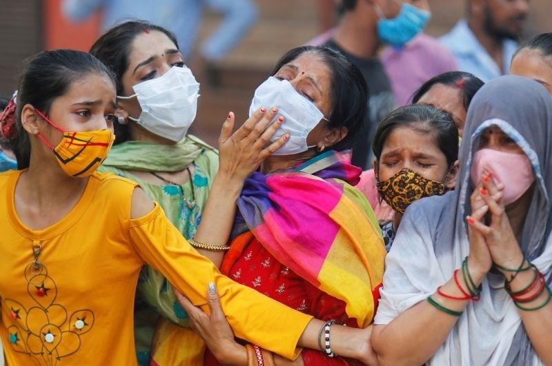 Indijo znova pretresa skupinsko posilstvo s smrtnim izidom