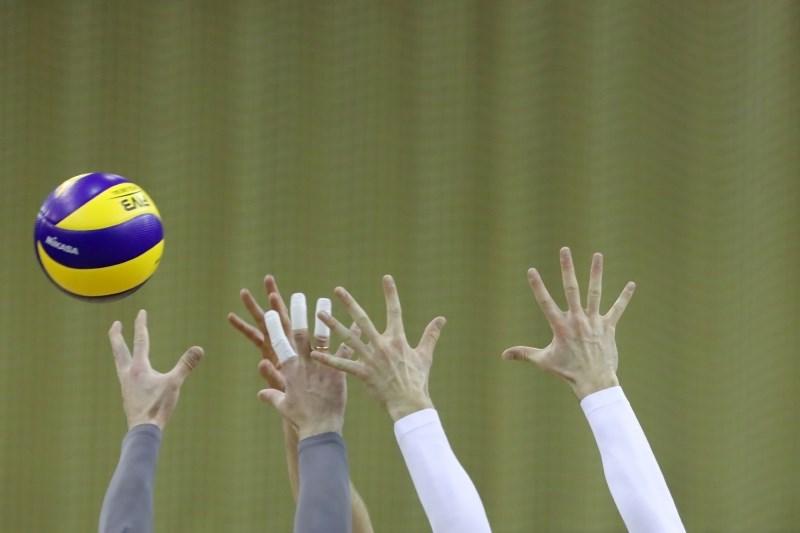 Novi zmagi za ACH in Calcit Volley