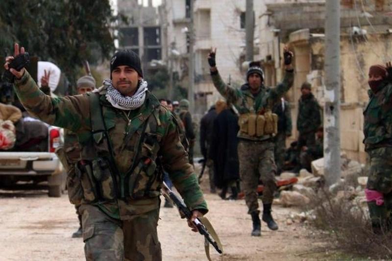 V domnevnem izraelskem napadu v Siriji ubitih 19 pripadnikov proiranskih milic