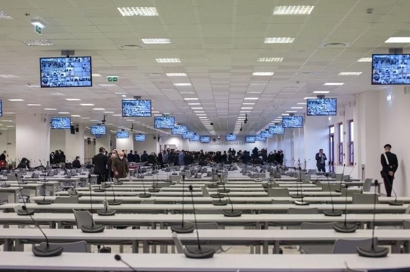 V Italiji začetek največjega sojenja proti mafiji v več desetletjih