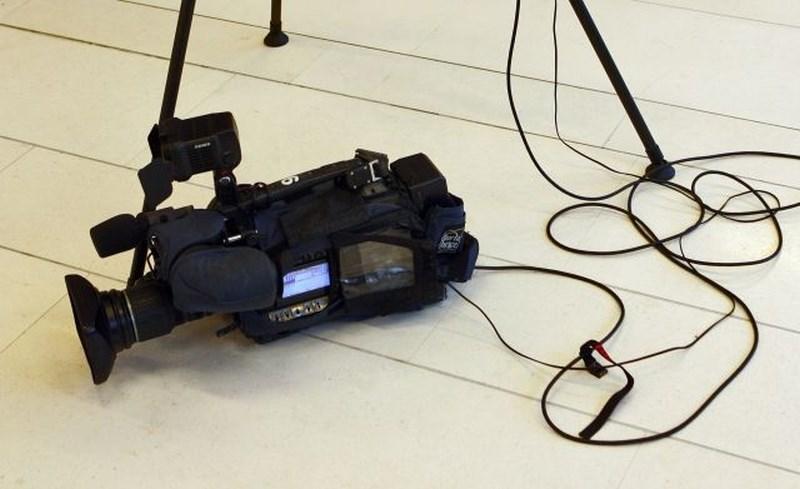 Madžarska državna televizija nad avstrijsko novinarko zaradi vprašanj Fideszu