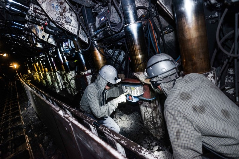 V rudniku na zahodu Kitajske ujetih 21 rudarjev