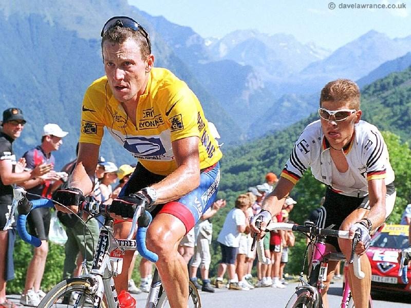 Armstronga obtožujejo tudi tehnološkega dopinga