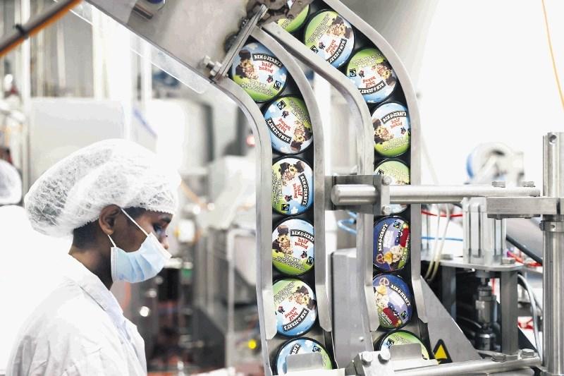 Konec prodaje znanega sladoleda razhudil premiera Benneta