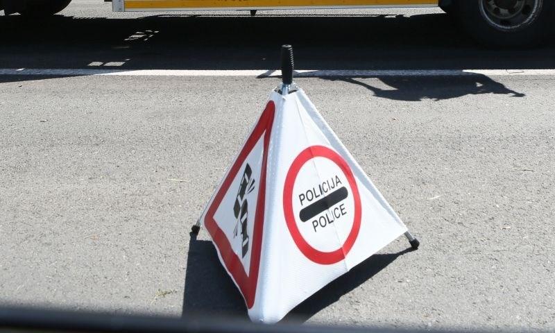 V hudi nesreči avtobusa pri Slavonskem Brodu trije mrtvi in na desetine ranjenih