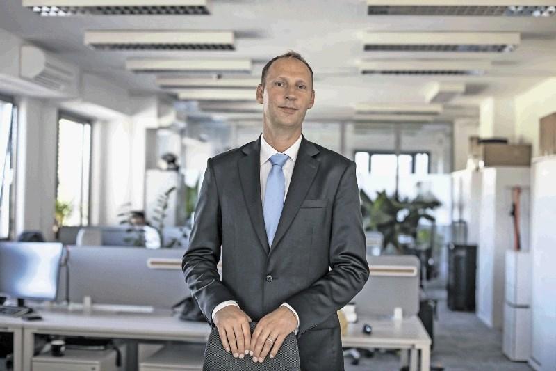 Gašper Cotman, direktor projektov in vodja poslovnega razvoja v Huawei Technology Slovenija: Iz Slovenije bomo odslej oskrbovali 19 trgov